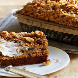 Spiced Pumpkin Bread With Walnuts