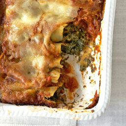 Spinach  and  three cheese cannelloni