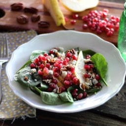 Spinach Salad with Pomegranate and Pear