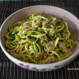 Spiralized Zucchini Noodles and Clam Sauce