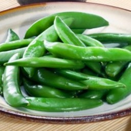 Steamed snow peas