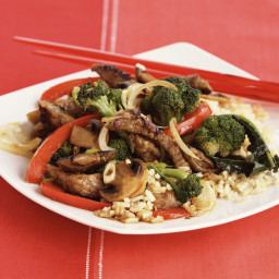 Stir-Fried Ginger Beef with Broccoli and Mushrooms
