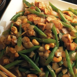 Stir-Fried Tofu, Green Beans, and Cashews