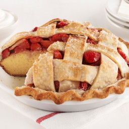 Strawberry Pie Cake
