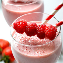 Strawberry Raspberry Smoothie for Power Breakfast