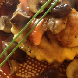 Stu's Scallops on Polenta With Wild Mushrooms
