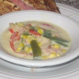 Summer Corn, Bacon and Potato Chowder (4 Points)