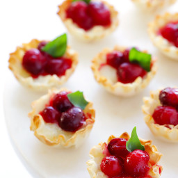 Super-Easy Cranberry Baked Brie Bites