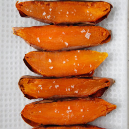 Sweet Potato Dippers with Pumpkin Spice Honey Yogurt Dip