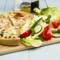 Tasty Traditional Ham Quiche