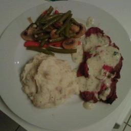 Tenderloin of Beef with Gorgonzola Sauce