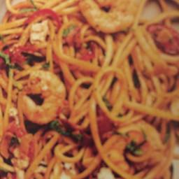 Tomato chilli mint and prawn linguine