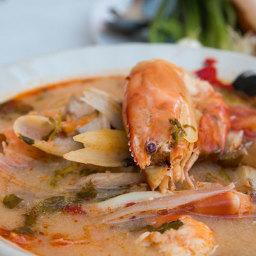 Tom Yum Recipe (ต้มยำกุ้ง) with Shrimp