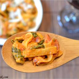 Creamy Tomato Spinach Pasta