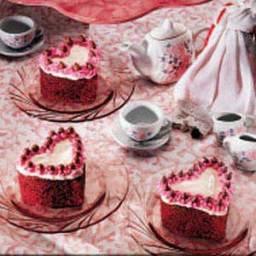 Classic Red Velvet Heart Cakes
