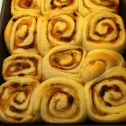 Vanilla Cinnamon Rolls