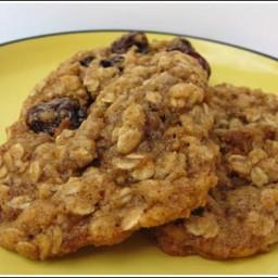 Vanishing oatmeal cookies (mom)