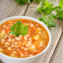 Vegan White Bean and Vegetable Soup