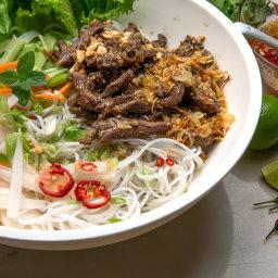 Vietnamese Lemon Grass Beef and Noodle Salad (Bun Bo Xao)