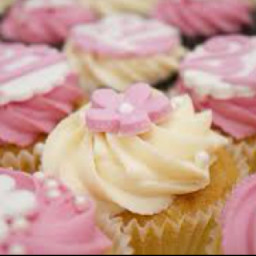 Yummy Vanilla Cupcakes