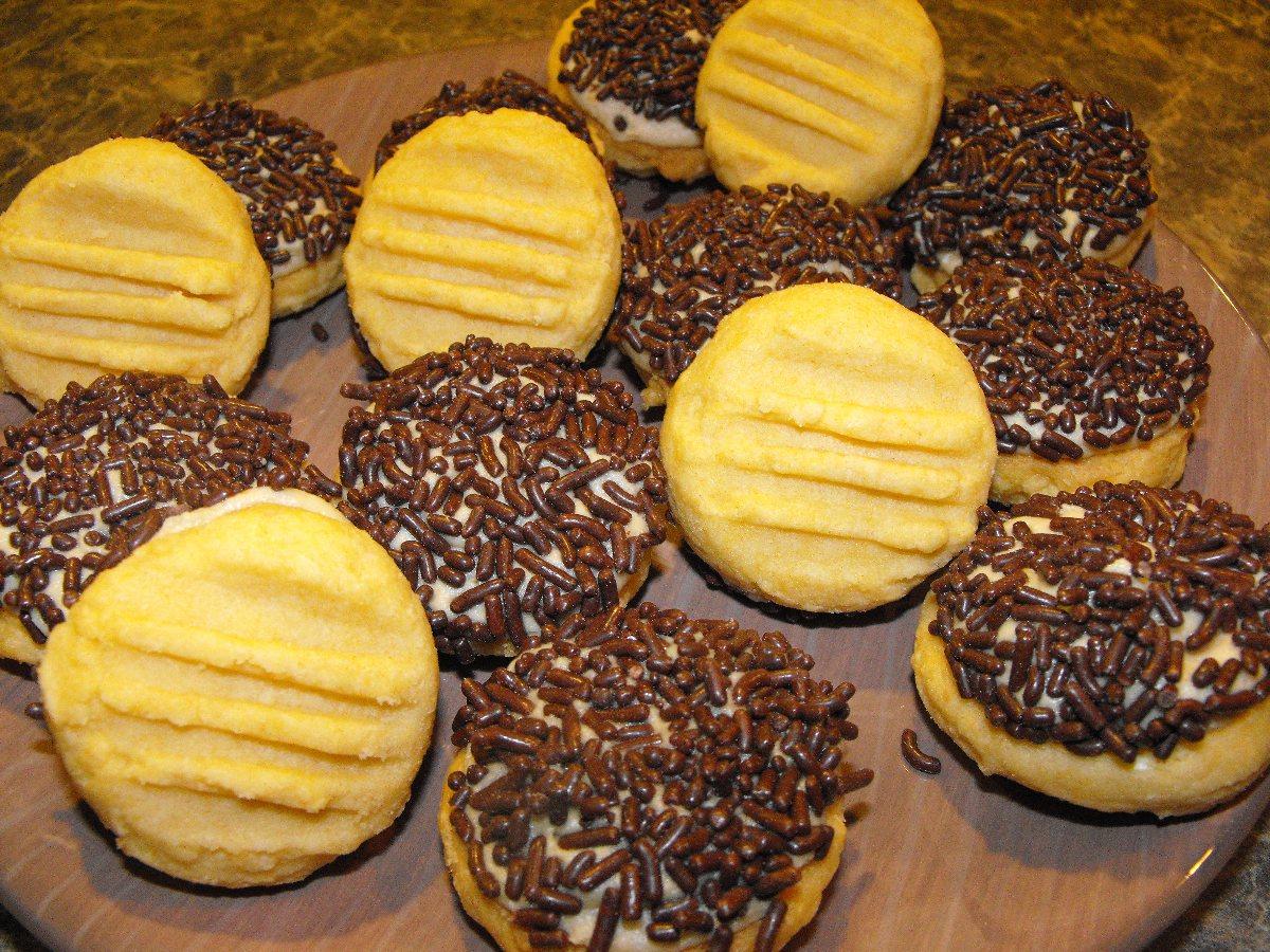 Custard Cream (The Biscuit) recipe   All The Flavors