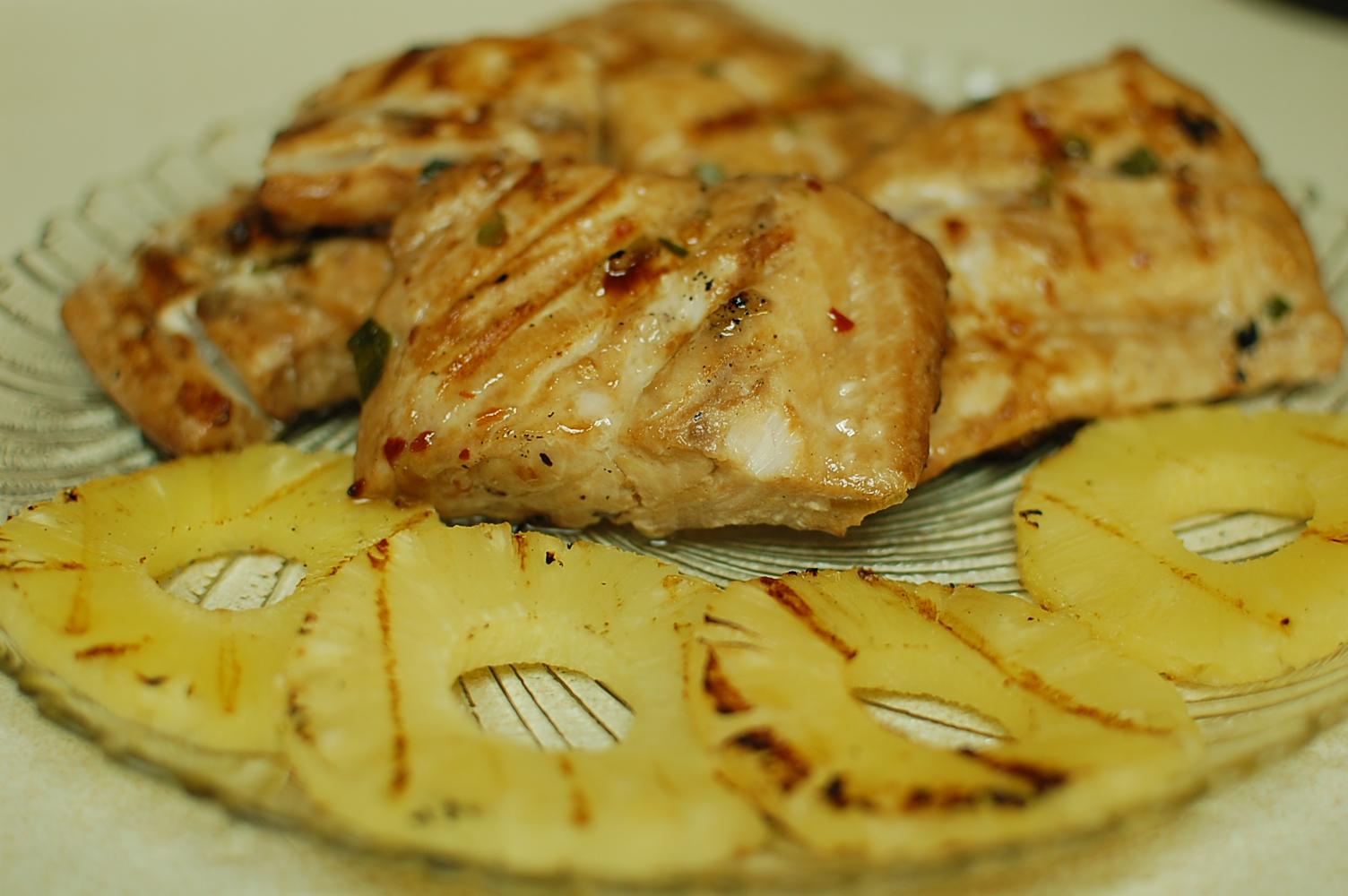 Grilled mahi mahi with pineapple for Mahi mahi fish recipe