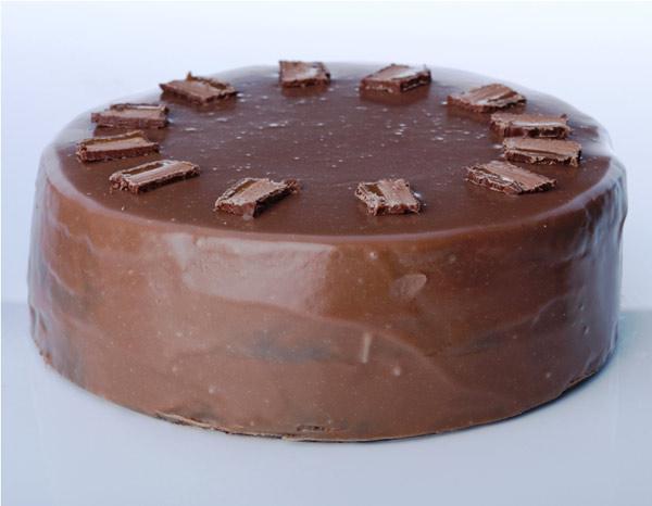 Recipes Course Desserts Chocolate Mars bar cake: bigoven.com/recipe/mars-bar-cake/360177