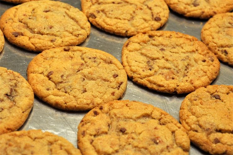 bar cookies on pinterest for heath bar cookies one last note heath bar ...