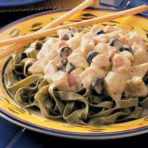 Recipes Course Main Dish Slow Cooker Creamy Chicken Fettuccine