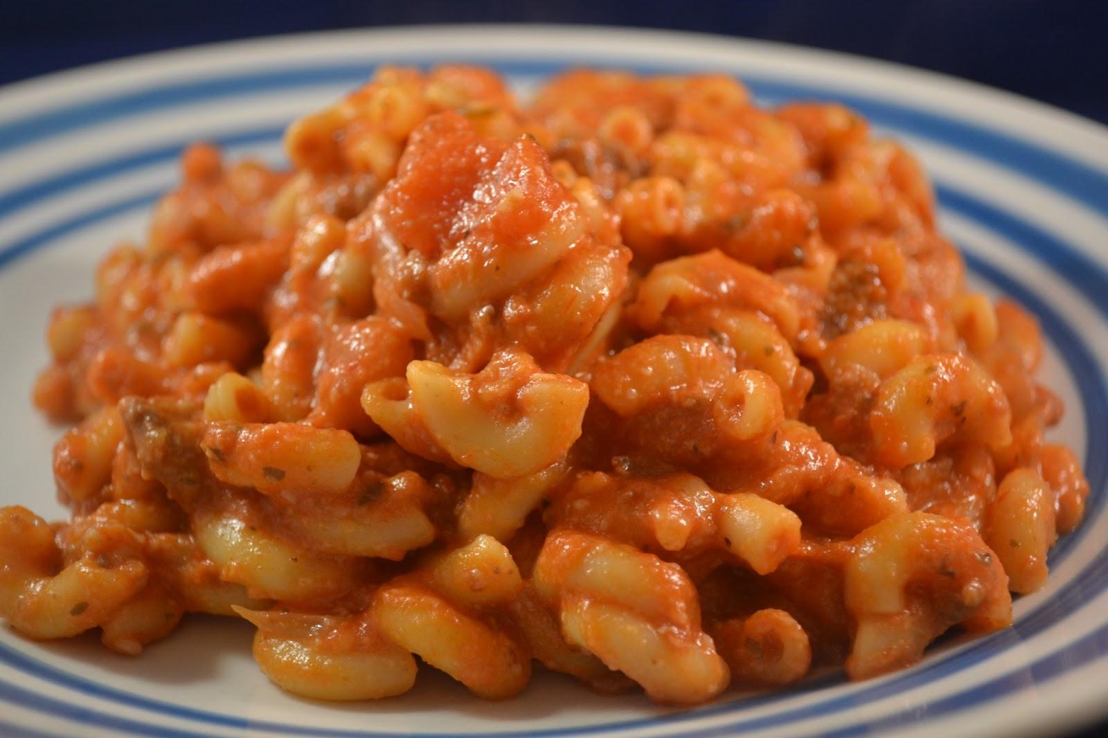 Beef & Macaroni Cheesy Casserole - BigOven