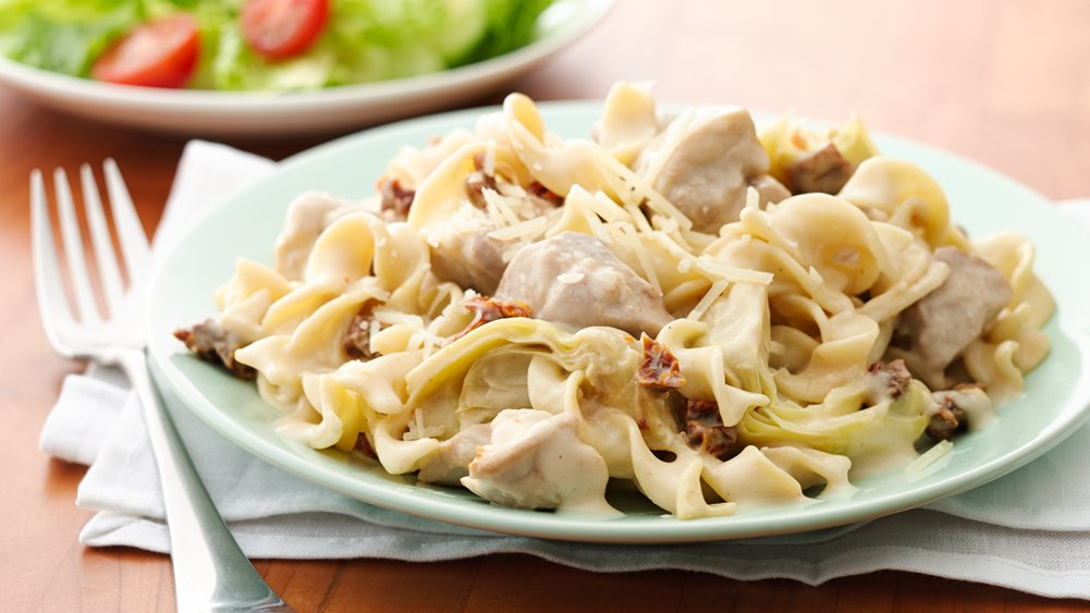 Slow-Cooker Chicken and Noodles Alfredo - BigOven